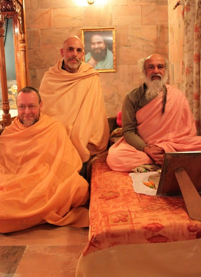 baba_with_visiting_abbot
