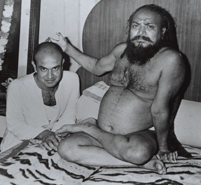 baba with swamiji 1981 small