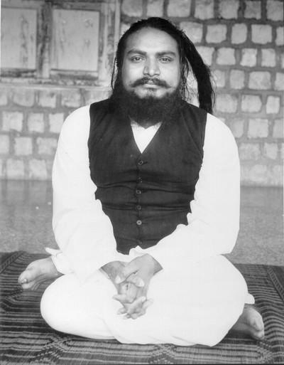 swamiji dd waistcoat sitting 966 small